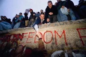 Caída del Muro de Berlín el 9 de noviembre de 1989.