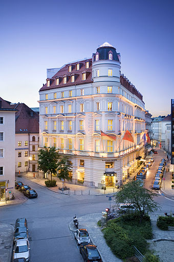 Lujoso hotel de Munich.
