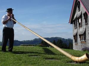 Alpenhorn, instrumento típico