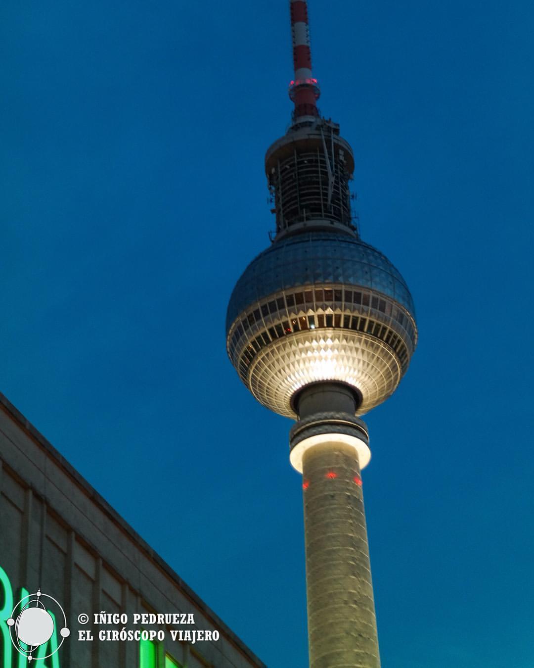 Torre de Televisión junto a la Alexanderplatz. ©Iñigo Pedrueza.