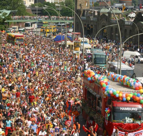 Hamburgo acoge el Festival de música Schlagermove
