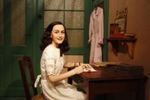 Ana Frank en el museo Madame Tussauds de Berlín