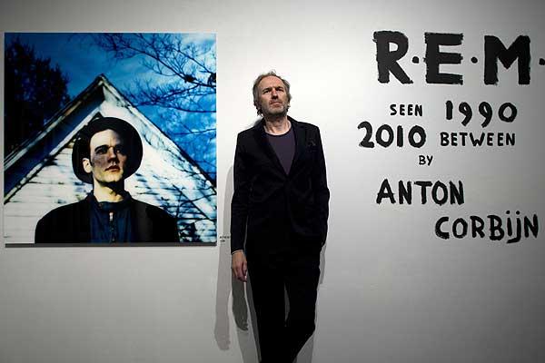 R.E.M y el fotógrafo Anton Corbijn