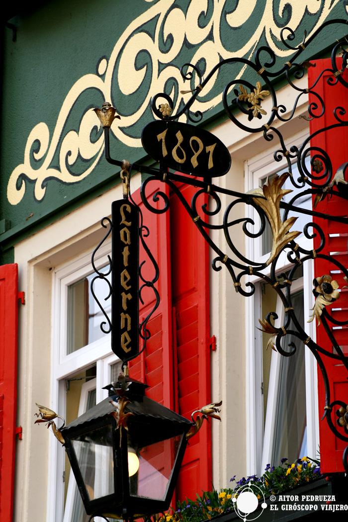 Fachadas de las casas en el centro de Baden Baden