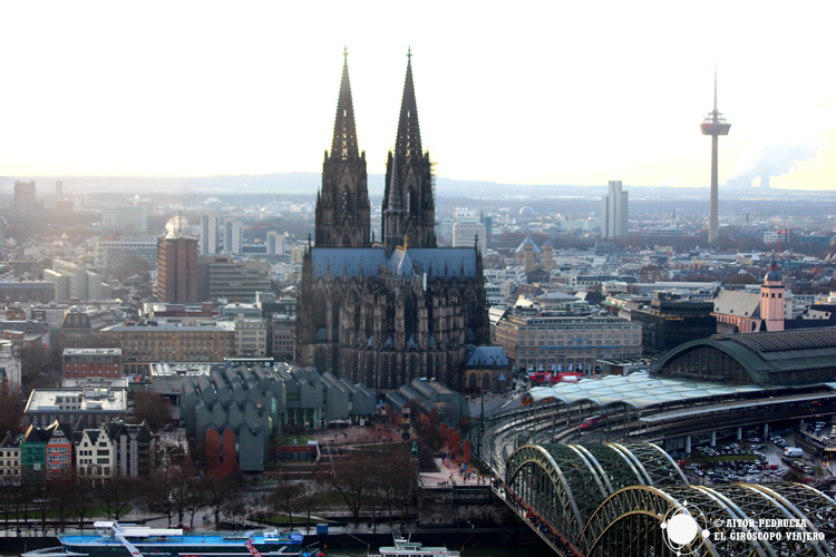 Vistas de Colonia desde el Edificio Köln Triangle